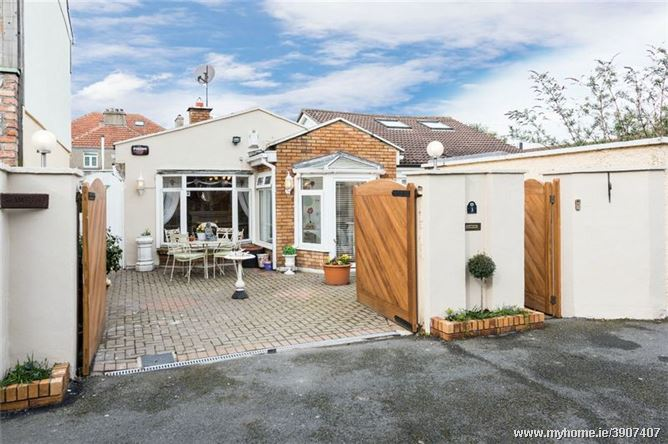 St Andrews, 3 Albert Close, Sandycove, Co Dublin