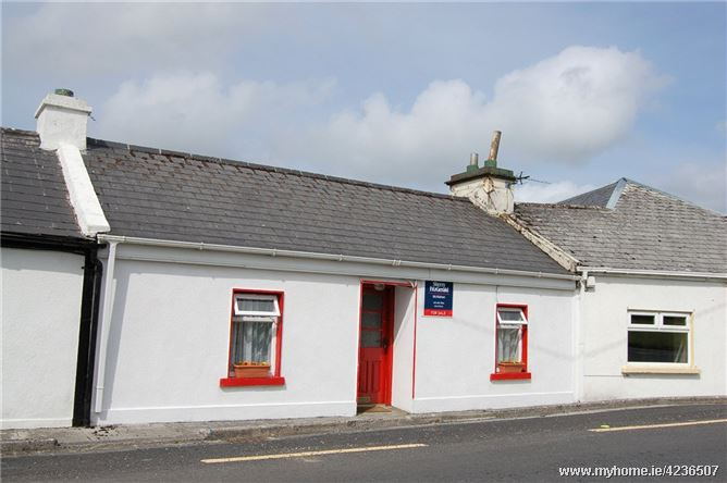 Main Street, Kilfenora, Co Clare, V95 D5W8