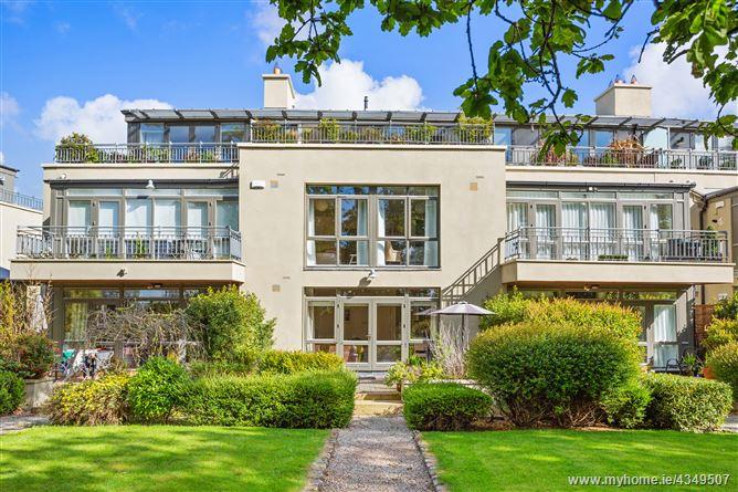 2 Swift Hall, Carrickmines Wood, Brennanstown Road