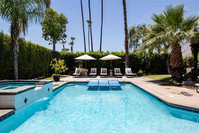 Main image for Monochrome Modern,Palm Springs,California,USA