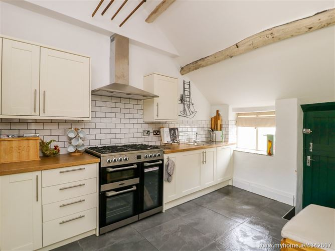 Main image for Knolls Farm Cottage,Greenfield, Greater Manchester, United Kingdom
