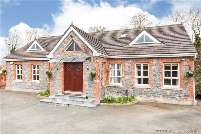 Hedwig Cottage, Damastown, The Naul, Co. Dublin K32HX57