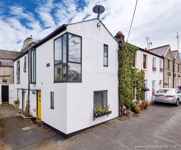 2 St Mary's Place, Howth,   County Dublin
