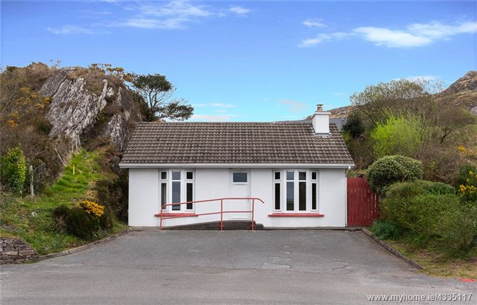 The Old Post Office, Caherdaniel, Co Kerry, V93 EV8W
