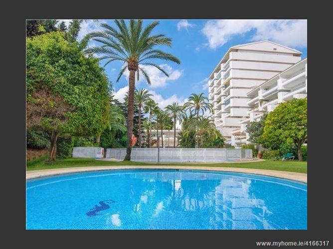 1 Calle Roy Boston, 29602, Marbella, Spain