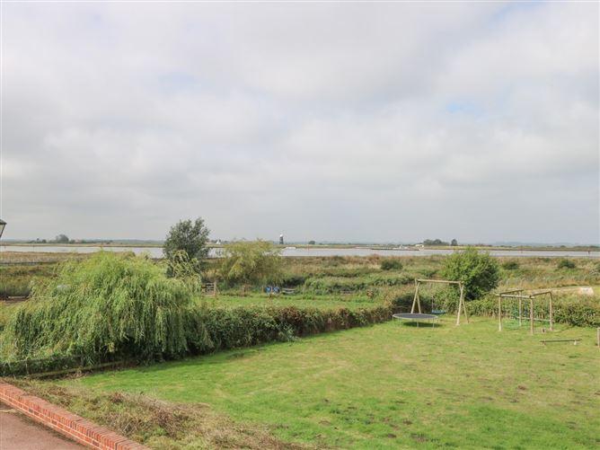 Main image for Waveney View Cottage,Burgh Castle, Norfolk, United Kingdom