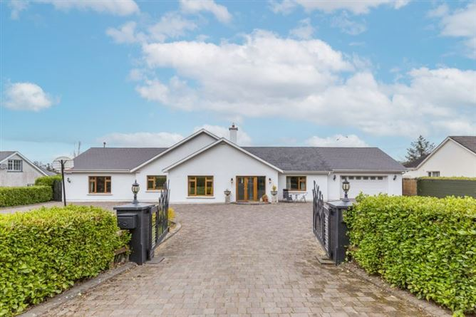 Main image for Cluain Ban Lodge, Ballymurn, Wexford