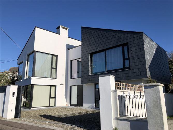 Main image for Rincurran Mews House, Kinsale, Cork
