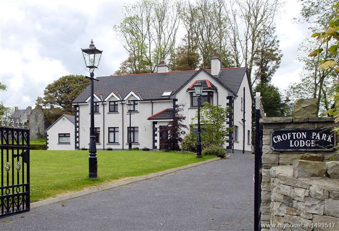 Crofton Park Lodge, Crofton Park, Ballina, Co. Mayo