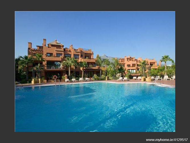 Avenida, 29600, Marbella, Spain