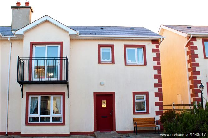 19 Seacliff, Dunmore East, Waterford