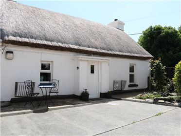 Property image of Whispering Willows ,Whispering Willows - The Thatch, Whispering Willows - The Thatch, Craigtown, Carndonagh, County Donegal, Ireland
