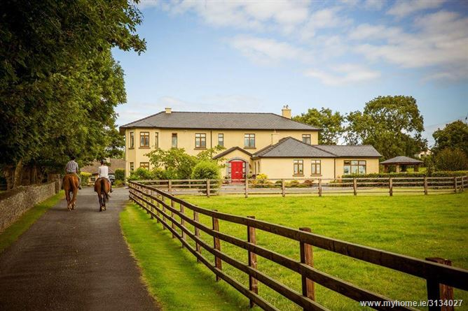 Main image for Luxury self catering farm,Newmarket-on-Fergus, Clare