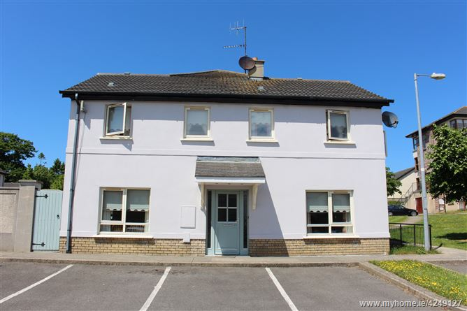 30 The Park, Clonattin Village, Gorey, Wexford