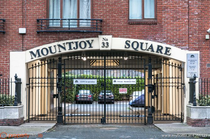 Apt. 22, 33 Mountjoy Square, Mountjoy Place