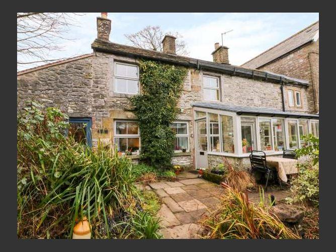 Main image for Ivy Cottage, EARL STERNDALE, United Kingdom