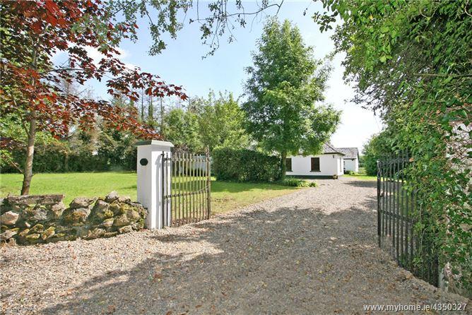 Main image for Brook Cottage, Carrownalegaun, Sixmilebridge, Co Clare, V95 F2Y7