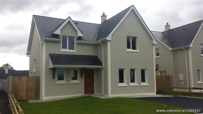 MacArt Meadows Leitrim Cross, Newtownforbes, Longford