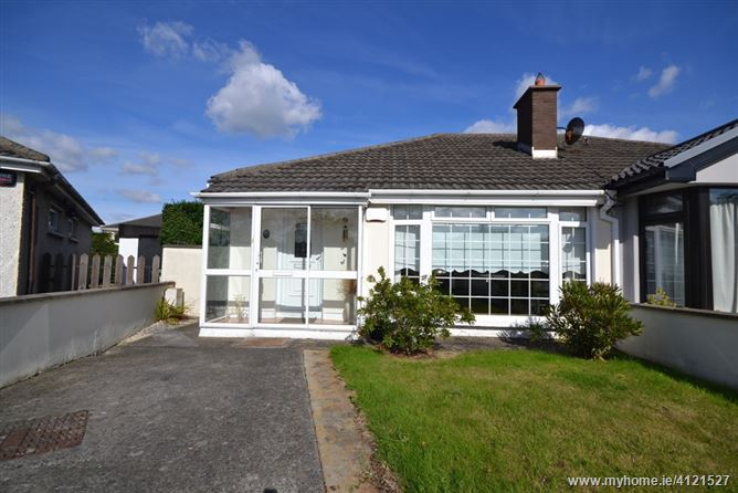 Photo of 15 Oak Court Park, Palmerstown,   Dublin 20
