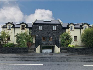 Taobh le Sruth, Ballyquirke, Moycullen, Galway