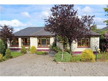 Main image of 8 Shannon Haven, Dromod, Leitrim