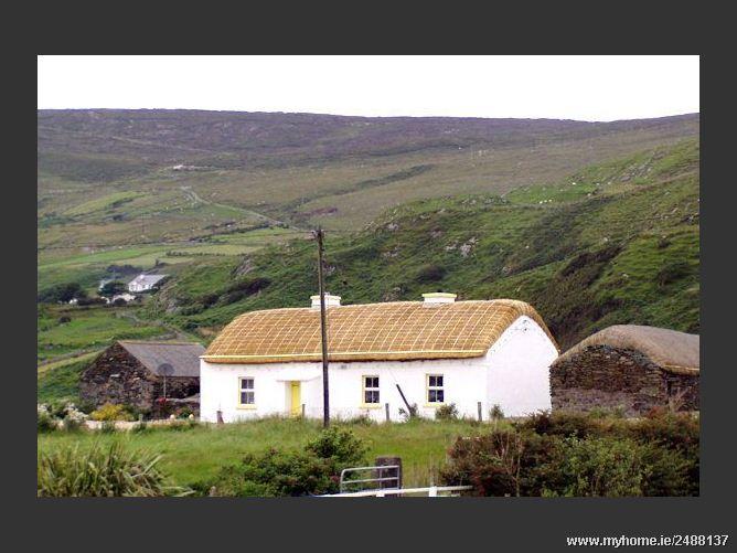 Fullers Cottage - Glencolmcille, Donegal