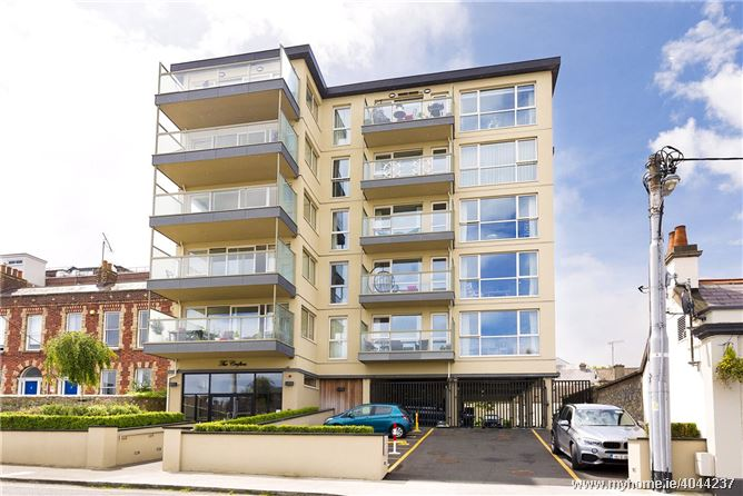 23 The Crofton, 16-18 Georges Place, Dun Laoghaire
