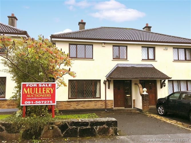 54 Tara Grove, Wellpark, Galway