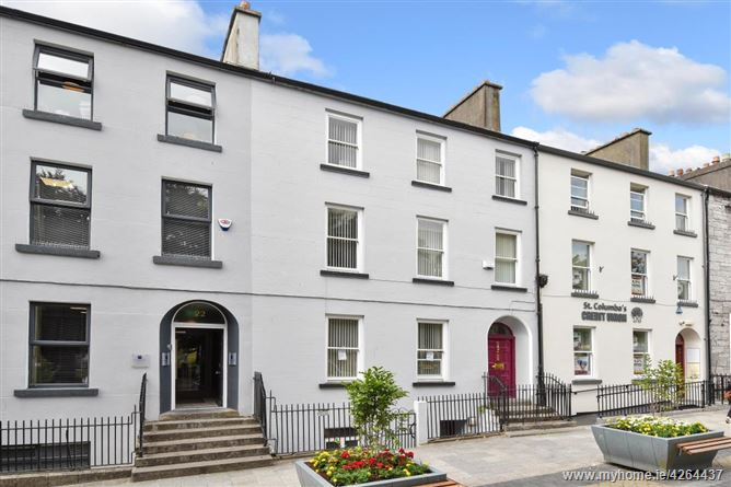 23 Eyre Square , Galway
