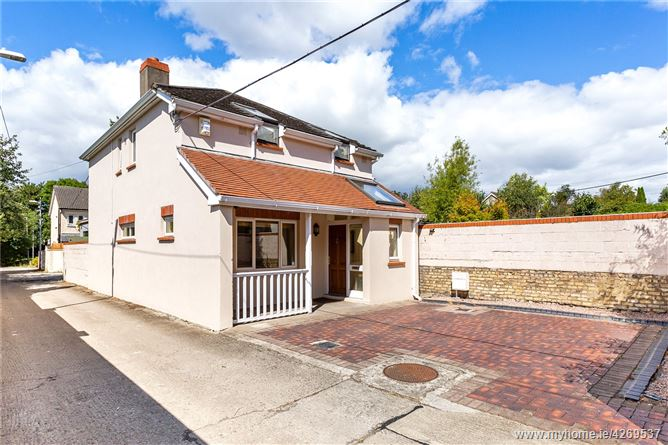 Main image for 27a St Lawrence Road, Clontarf, Dublin 3, D03 K6P8