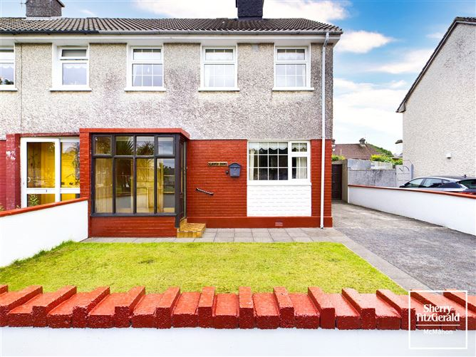 Main image for 14 Dalcassian Avenue,Ennis,Co Clare,V95 YYF4