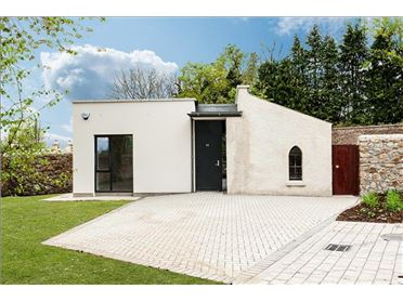 Photo of The Glass House, 85 Diswellstown Manor, Castleknock