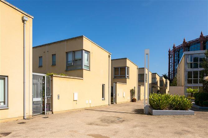 Main image for 8 The Pidgeon House, The Gasworks, Barrow Street, Dublin 4, Dublin 4, Dublin