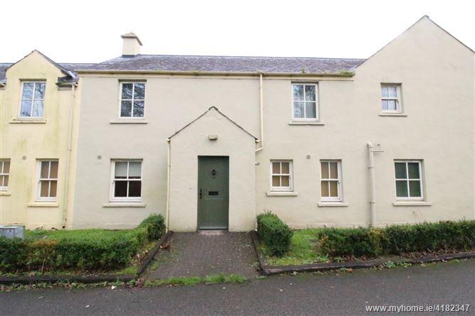 14 Castle Gardens, Bunratty, Clare