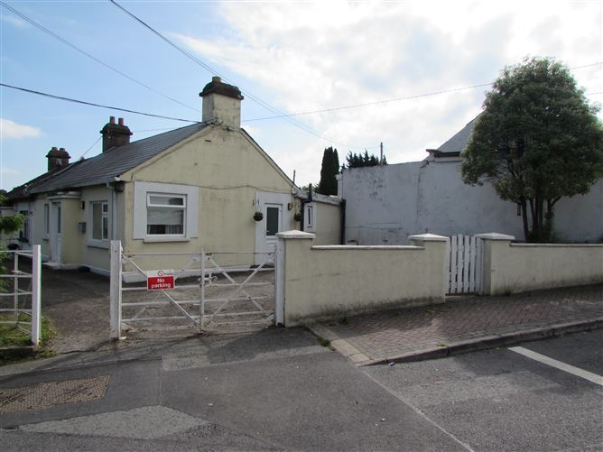 Main image for Hillview Cottage, Main Street, Blanchardstown, Dublin 15