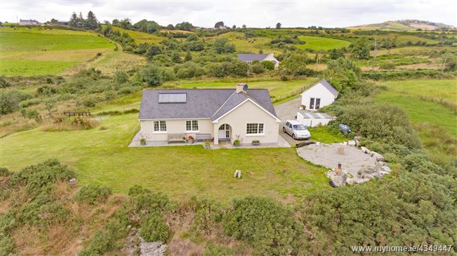 Main image for Threegneeves, Leap,   West Cork