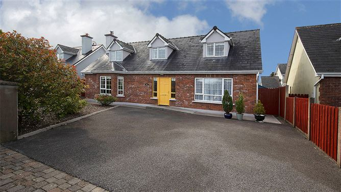 Main image for 5 Castle Court,Lismore,Co Waterford,P51N6K4