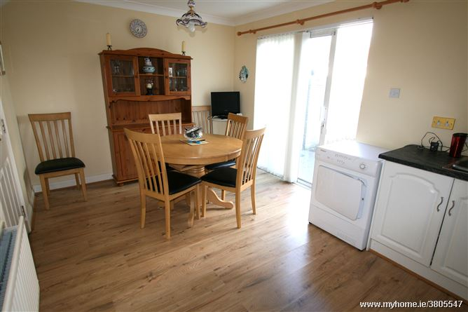 43 knockbrack downs drogheda louth for Laminate flooring drogheda