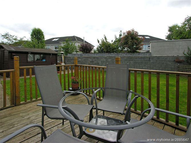 9 parklands grove maynooth kildare residential for Garden decking kildare