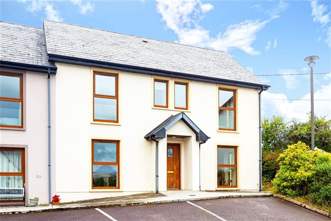 9 Mountain View, Glengarriff, Co Cork, P75 NX94
