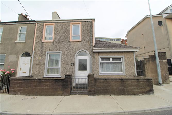 Main image for 25 Sion View Terrace, Waterford City, Waterford