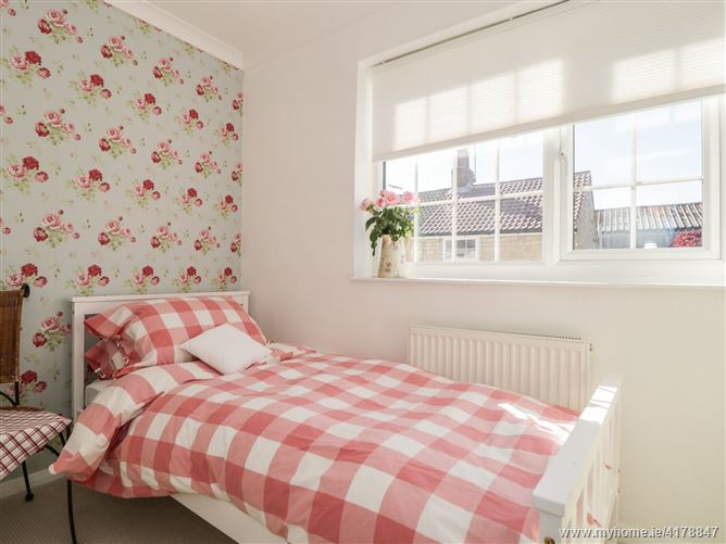 Main image for Snowdrop Cottage,Clifford, West Yorkshire, United Kingdom