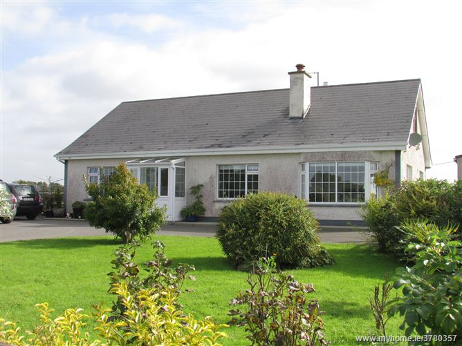 ALL OFFERS ABOVE €145,000 NOW INVITED Carraig Rua, Fermoyle, Lanesboro, Longford