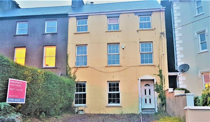 4 Canning Terrace, Passage West, Cork