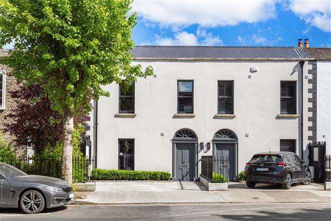 Main image for 17 Serpentine Avenue, Sandymount, Dublin 4