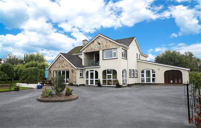 Main image for Aard Oakleigh, Ballyredding West, Bennettsbridge, Co Kilkenny, R95 HD71
