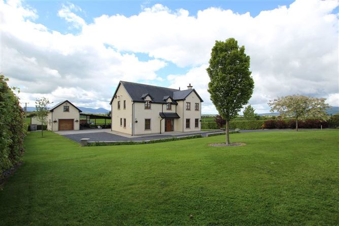 Main image for Loughona, Priest`s Rd, Cahir, Co. Tipperary