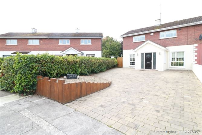 47 Standhouse Lawns, Newbridge, Kildare