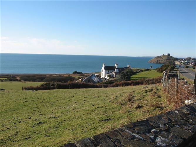 Main image for Cae'r Dyni, CRICCIETH, Wales