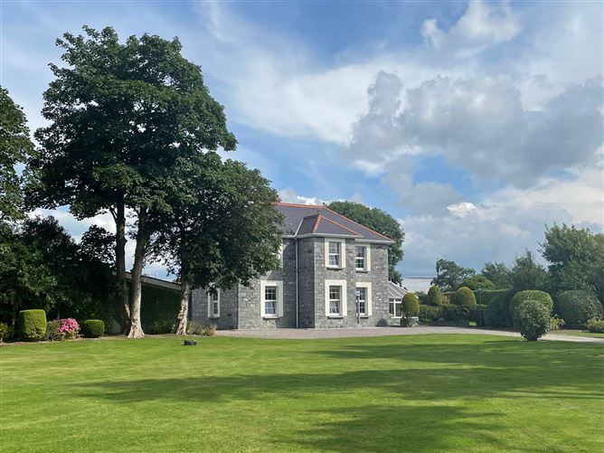 Main image for Manor House, Manor West, Tralee, Kerry